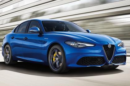 Alfa Romeo Giulia Veloce: Vương quốc Anh đặt hàng sách cho ấm Giulia