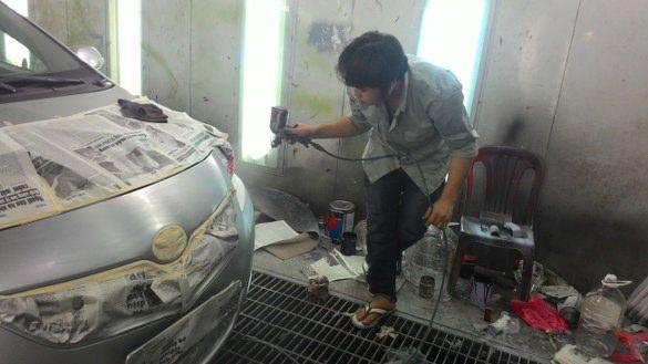 Dịch vụ phục hồi đánh bóng bề mặt tại hà nội cho xe hơi