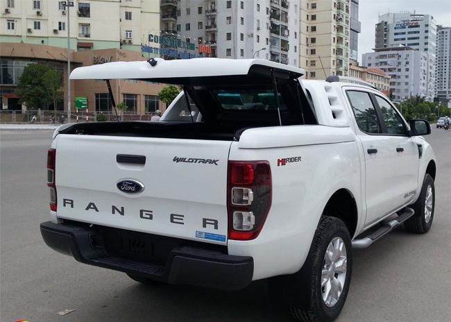 Nắp thùng ranger xls làm cho xe mạnh mẽ cứng cáp